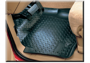 Front Floor Liner Set Is Tough and Durable